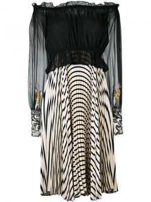 Плиссированное платье с открытыми плечами и рисунком Loyd/Ford. Цвет: чёрный