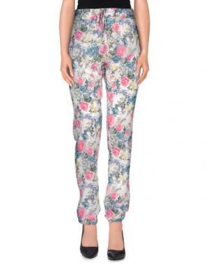 Повседневные брюки MbyMAIOCCI. Цвет: синий