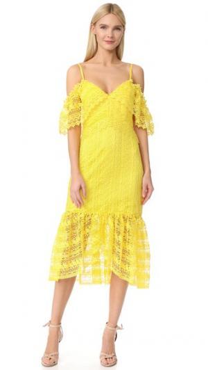 Кружевное платье Starry Eyed Three Floor. Цвет: желтый лютик