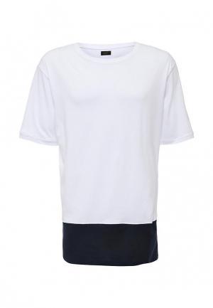 Футболка ADPT. Цвет: белый