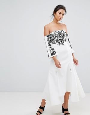 C/meo Collective Платье миди с вышивкой Paradise. Цвет: белый