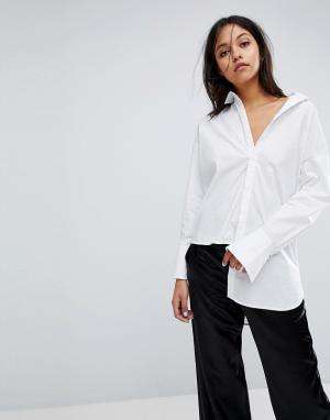 Gestuz Длинная рубашка с асимметричным краем. Цвет: белый