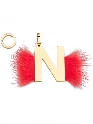 Подвеска в виде буквы N Fendi. Цвет: красный