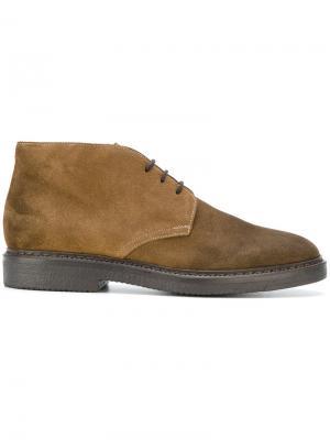 Классические туфли на шнуровке Doucals Doucal's. Цвет: коричневый