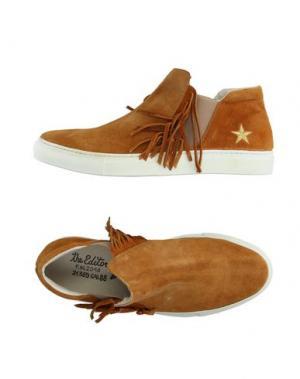 Низкие кеды и кроссовки THE EDITOR. Цвет: коричневый