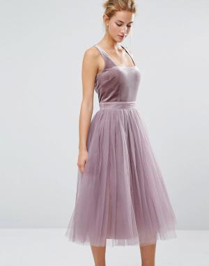 Little Mistress Тюлевое платье миди с бархатным лифом. Цвет: розовый