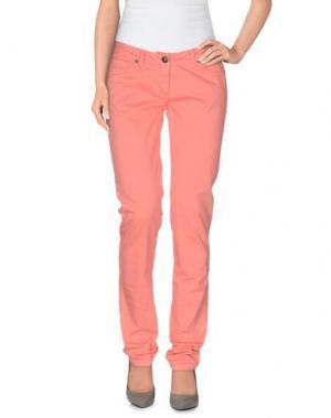 Повседневные брюки REFRIGUE. Цвет: лососево-розовый