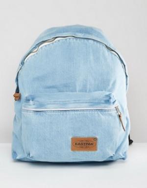 Eastpak Джинсовый уплотненный рюкзак с эффектом отбеливания Pak R Kuro. Цвет: синий