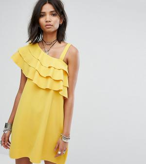 Rokoko Платье на одно плечо с оборками. Цвет: желтый