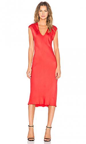 Платье с рукавами-фонариками KES. Цвет: красный