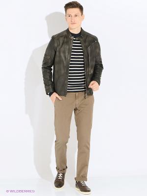 Куртка кожаная Trapper. Цвет: коричневый