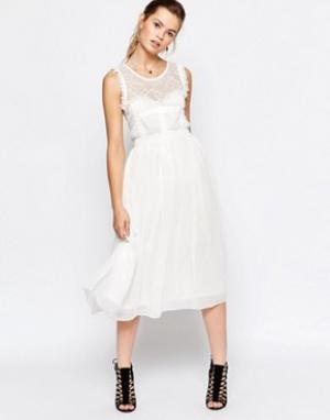 Navy Платье миди с юбкой из тюля London. Цвет: белый