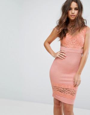 PrettyLittleThing Платье с кружевными и сетчатыми вставками. Цвет: розовый
