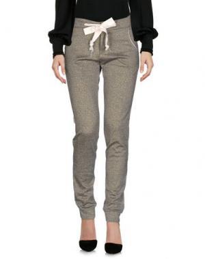 Повседневные брюки SOALLURE. Цвет: золотистый