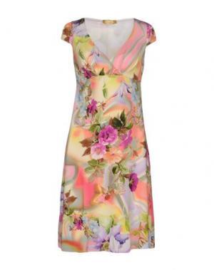 Короткое платье EAN 13. Цвет: розовый