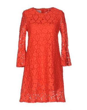 Короткое платье PINK MEMORIES. Цвет: коралловый