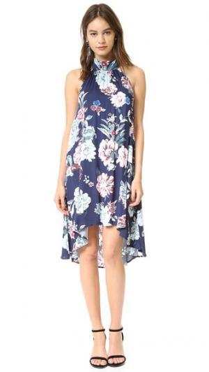 Расклешенное платье с маленькими цветами MINKPINK. Цвет: мульти
