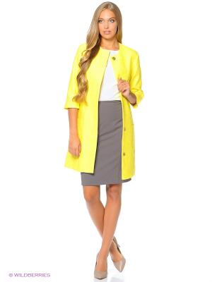 Пальто Samirini. Цвет: желтый