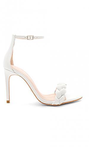 Туфли на каблуке с открытым носком lyka RAYE. Цвет: белый