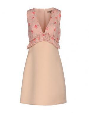 Короткое платье BETTY BLUE. Цвет: розовый
