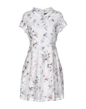 Короткое платье CUTIE. Цвет: белый