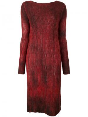 Платье с вырезом-лодочка Avant Toi. Цвет: красный