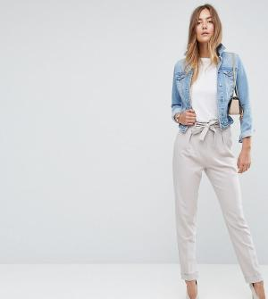 ASOS Tall Тканые брюки галифе с поясом оби. Цвет: серебряный