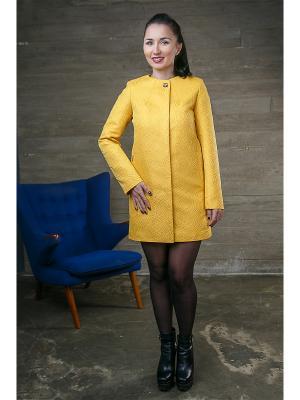 Плащ Liara-Moda. Цвет: желтый