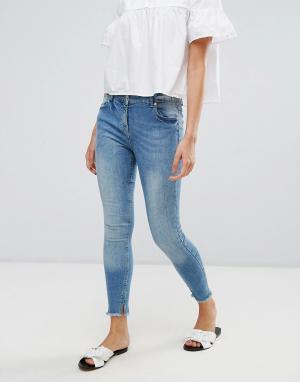 Parisian Укороченные джинсы с необработанным краем. Цвет: синий