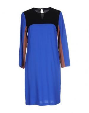 Короткое платье SUOLI. Цвет: ярко-синий
