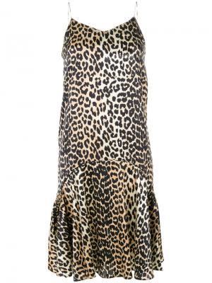Расклешенное платье с леопардовым рисунком Ganni. Цвет: многоцветный