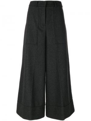 Укороченные расклешенные брюки Twin-Set. Цвет: серый
