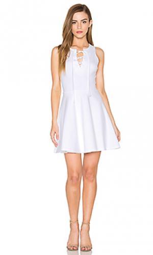 Мани платье на шнуровке без рукавов Eight Sixty. Цвет: белый