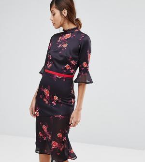 True Violet Чайное платье миди с асимметричным краем и оборками. Цвет: мульти