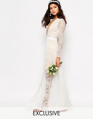 Fame and Partners Свадебное кружевное платье макси с разрезом. Цвет: белый