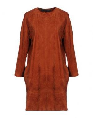 Короткое платье ENES. Цвет: коричневый