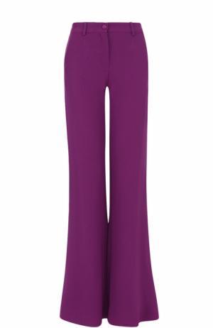 Однотонные расклешенные брюки со стрелками Roberto Cavalli. Цвет: фиолетовый
