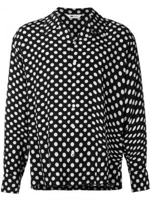 Рубашка с узором в горох Soe. Цвет: синий