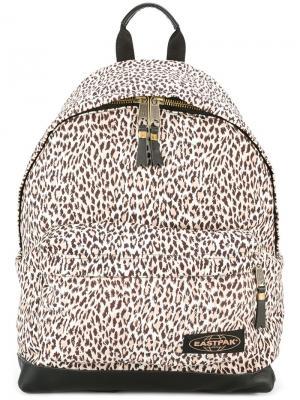 Wild Card backpack Eastpak X House Of Hackney. Цвет: белый