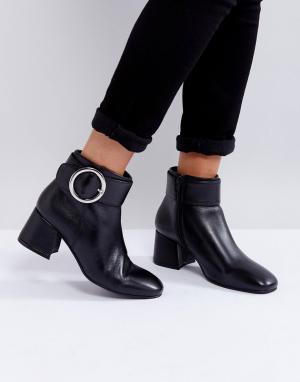 Park Lane Кожаные ботинки на среднем каблуке с пряжкой. Цвет: черный
