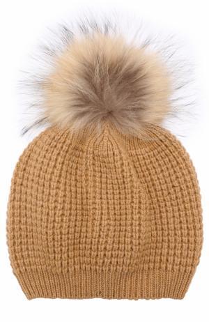 Кашемировая шапка фактурной вязки с меховым помпоном Kashja` Cashmere. Цвет: темно-бежевый