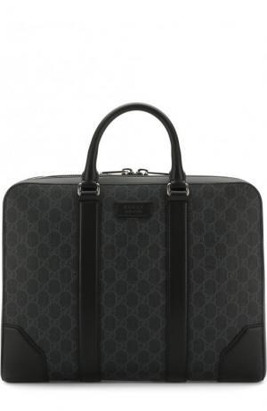 Сумка для ноутбука GG Supreme с плечевым ремнем Gucci. Цвет: черный