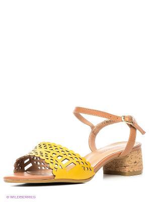 Босоножки Francesco Donni. Цвет: желтый, коричневый