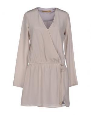 Короткое платье ANA PIRES. Цвет: фиолетовый