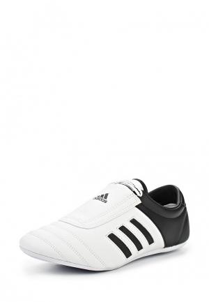 Кроссовки adidas Combat. Цвет: черно-белый