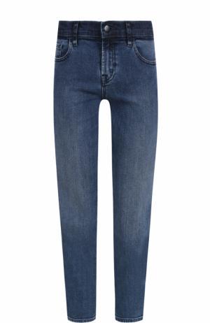 Укороченные джинсы прямого кроя с потертостями J Brand. Цвет: синий