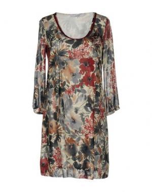 Короткое платье LA FABBRICA DEL LINO. Цвет: красно-коричневый