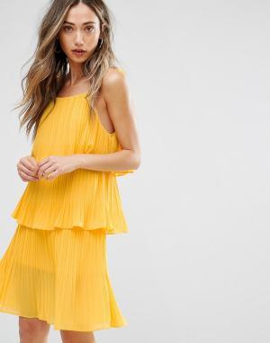 Pearl Многослойное плиссированное платье. Цвет: желтый