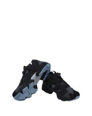 Низкие кеды и кроссовки REEBOK. Цвет: черный
