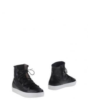 Полусапоги и высокие ботинки MOON BOOT. Цвет: черный